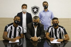 Botafogo renova com Juninho e Gabriel Conceição
