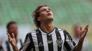 Atlético-MG recebe sondagem da Fiorentina por Guga; valores não agradam, mas clube admite negociar lateral
