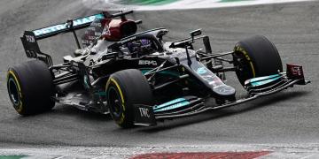 Hamilton lidera primeiro treino livre para o Grande Prêmio da Itália de Fórmula 1