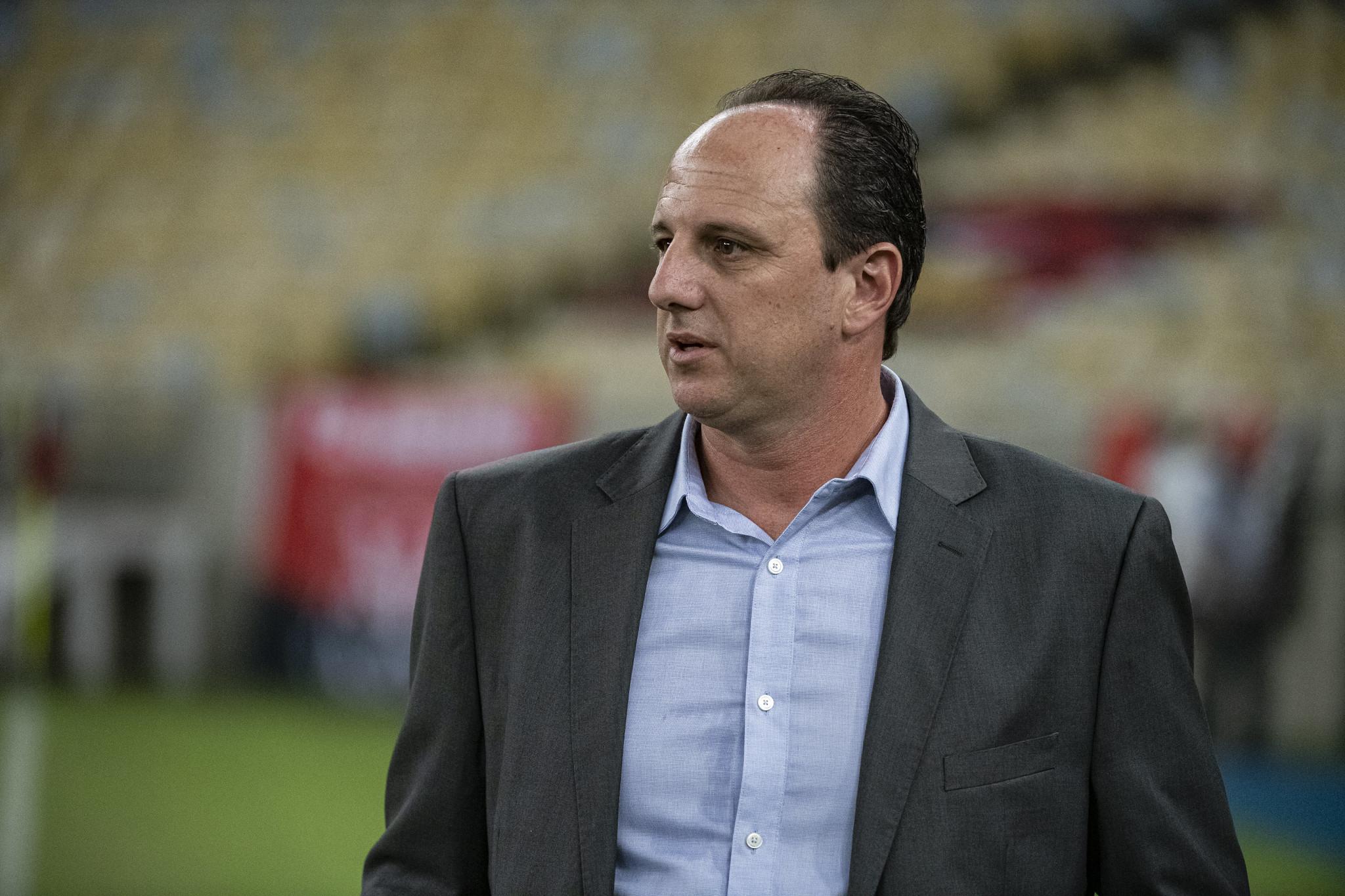Santos prioriza Ceni e tem Carille como opção para substituir Fernando Diniz