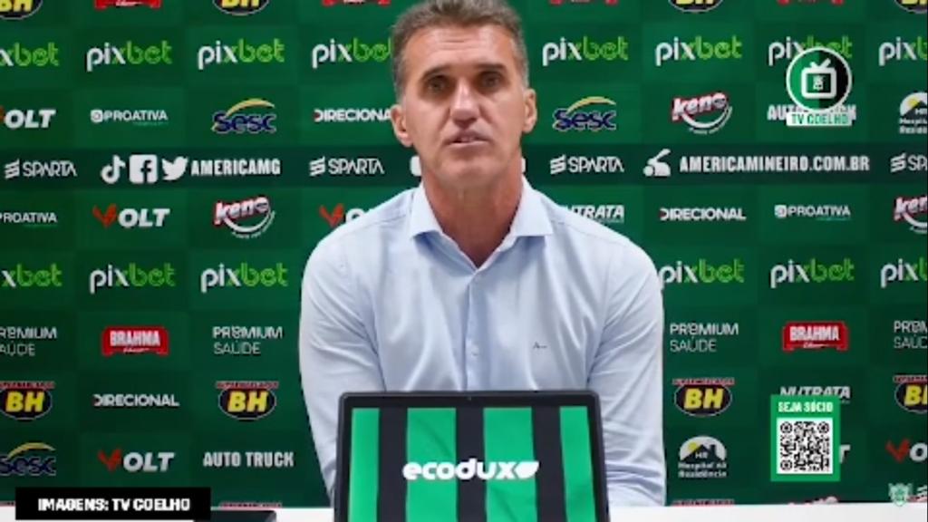 """Mancini lamenta empate do América-MG com São Paulo: """"A gente merecia mais"""""""