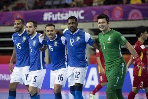 Onde assistir Brasil x República Tcheca AO VIVO na Copa do Mundo de Futsal