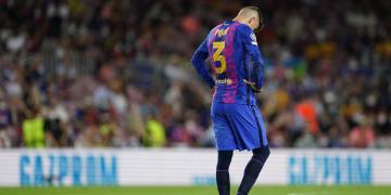 """Tanto Koeman quanto Piqué se mostraram conformados com derrota do Barça """"É o que é"""""""