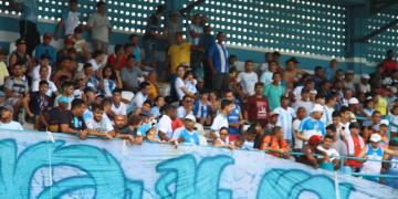 Paysandu empresta zagueiro e dispensa lateral que nem estreou