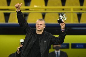 Borussia pensa em duplicar salário de Haaland para afastar interesse de outros clubes