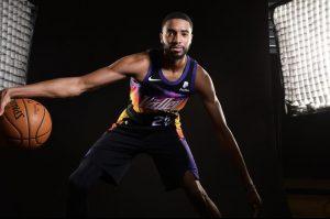 The Playoffs - Phoenix Suns acerta extensão de quatro anos e US$ 90 milhões com Mikal Bridges » The Playoffs