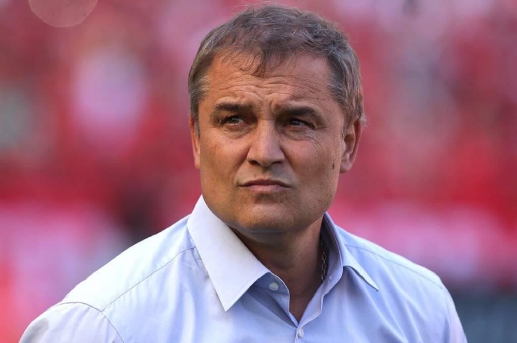 O Internacional anunciou a contratação do técnico uruguaio Diego Aguirre. O treinador de 55 anos assinou com a equipe até o final de 2022. (Foto: Divulgação/Rubens Chiri)