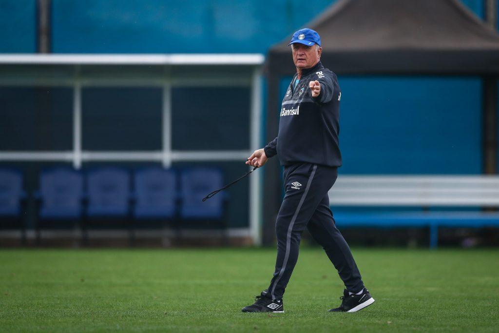 Grêmio segue treinamentos para receber o Sport pelo Brasileirão