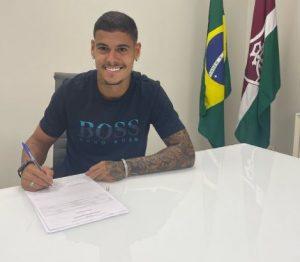 Fluminense amplia o contrato do jovem zagueiro Luan Freitas