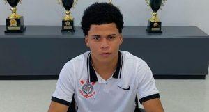 Reforço para o sub-20, ex-atacante do Vasco assina com o Corinthians