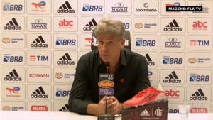 """Renato Gaúcho reconhece 'jogo ríspido' contra o Grêmio: """"Foi uma partida pegada"""""""