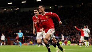 United tem outro péssimo primeiro tempo, reage e conta com Ronaldo decisivo para vencer