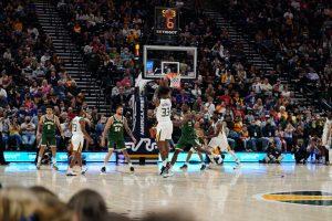 The Playoffs - Em um jogo disputado até o fim, Utah Jazz vence o Milwaukee Bucks