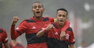 Cria do Flamengo chama a atenção de Renato Gaúcho, mas terá de esperar subida para o profissional | Torcedores