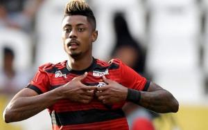 Renato Gaúcho explica motivo de substituir Bruno Henrique no intervalo do duelo contra o Athletico