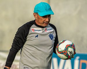 """Paysandu ficou """"devendo"""" e Botafogo-PB """"foi cirúrgico"""", avalia Roberto Fonseca"""